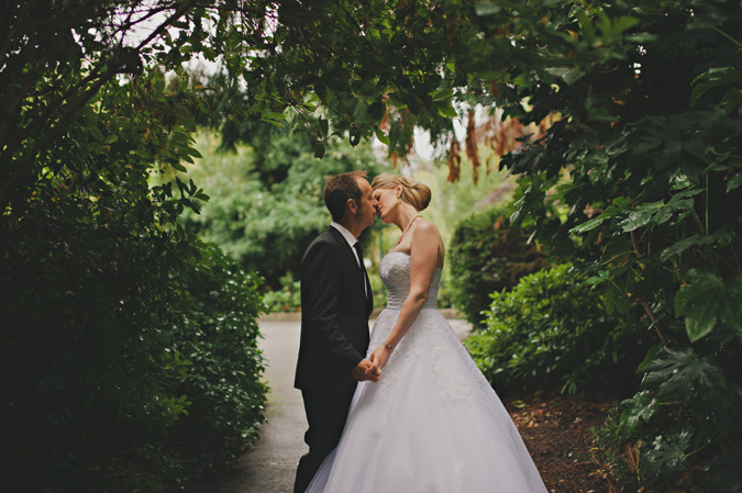 Lisa Mark Had Their Mid Summer Wedding Wrapped In The Beauty Of Victorias Beacon Hill Park Such An Incredible Setting Intimate A Gathering