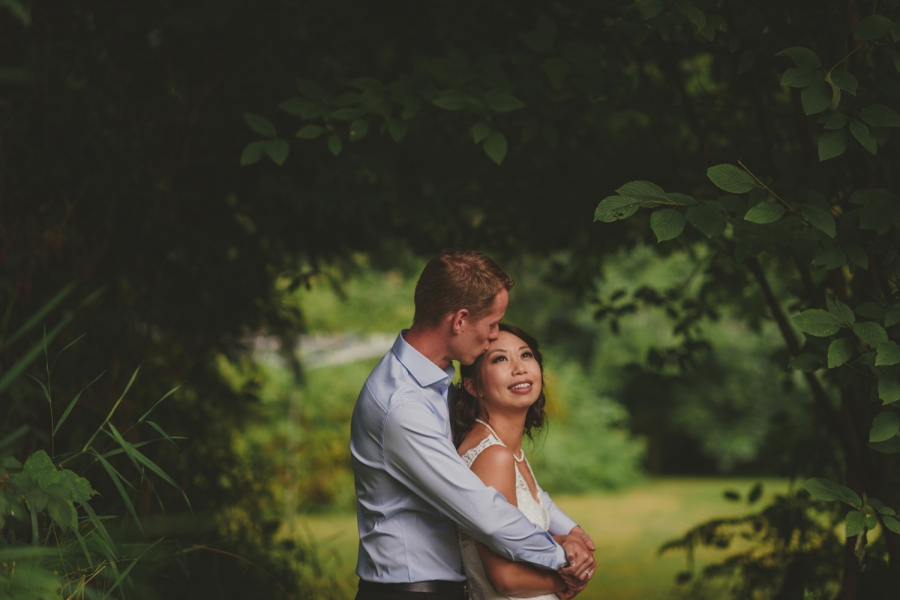 intimate vancouver island wedding