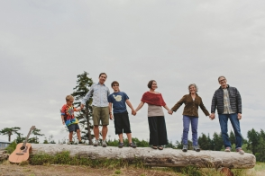 lifestyle-family session hornby island