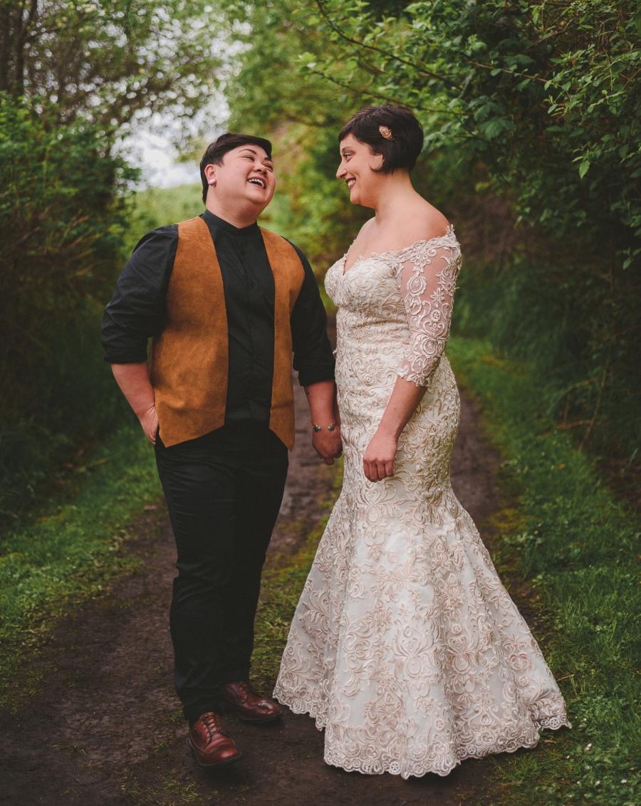 lgbtq jewish pagan metis wedding at sea breeze lodge on hornby island